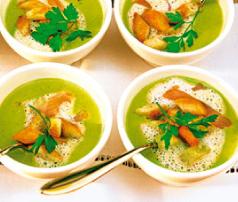 Supa de mazare si crutoane / Foto: Hubert Burda Medien