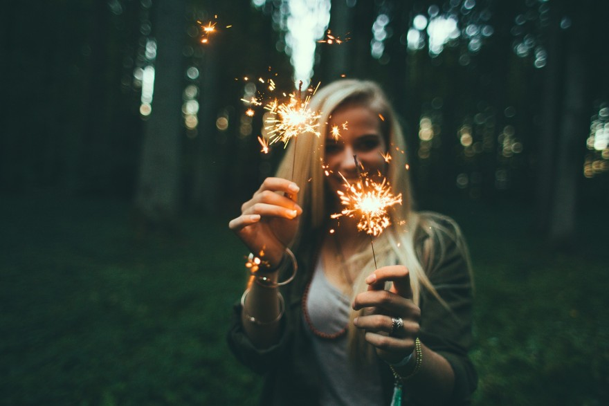 fericirea incepe in minte, artificii