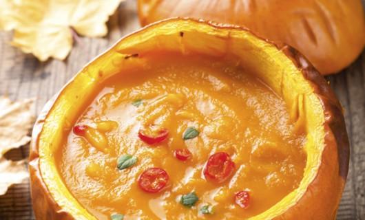 Supă-cremă de dovleac cu portocale