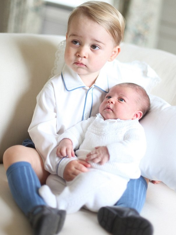 2D2A88BA00000578-3275207-Prince_William_has_confirmed_that_his_daughter_Charlotte_is_alre-m-50_1444961236051