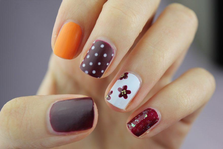 unghii colorate, unghii vopsite, arta pe unghii