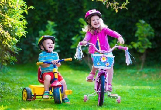 Tricicleta pentru copii – cadoul perfect pentru buna dezvoltare a celui mic