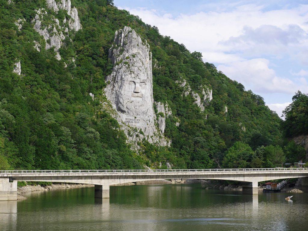 În defileul Dunării