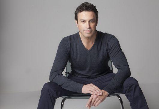 "Tenorul Mario Frangoulis: ""Actoria a fost prima mea pasiune!"""