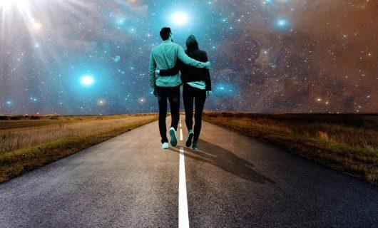Conexiuni cosmice. Nu întâlnim pe nimeni din întâmplare