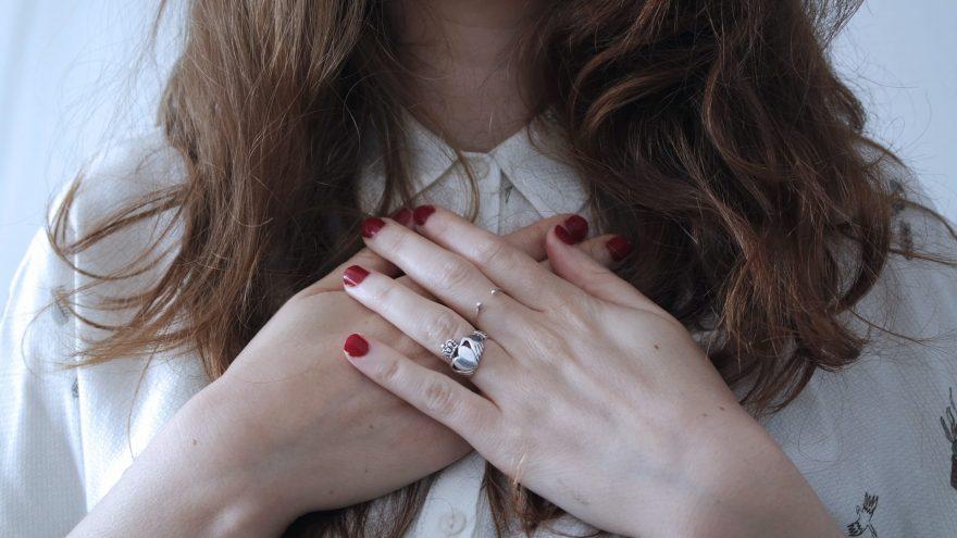 femeie, inima, boli de inima