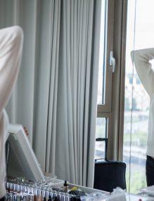 femeie in oglinda, narcisist