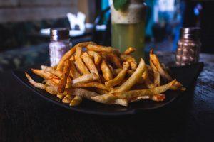 alimente daunatoare, cartofi prajiti