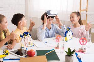 realitatea virtuala, joaca cu realitatea virtuala