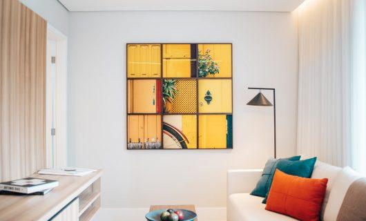 Top 5 obiecte decorative ce schimbă instantaneu atmosfera camerei de zi