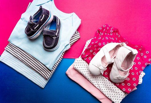 (P) Află pentru ce culori să optezi atunci când cumperi haine de copii!