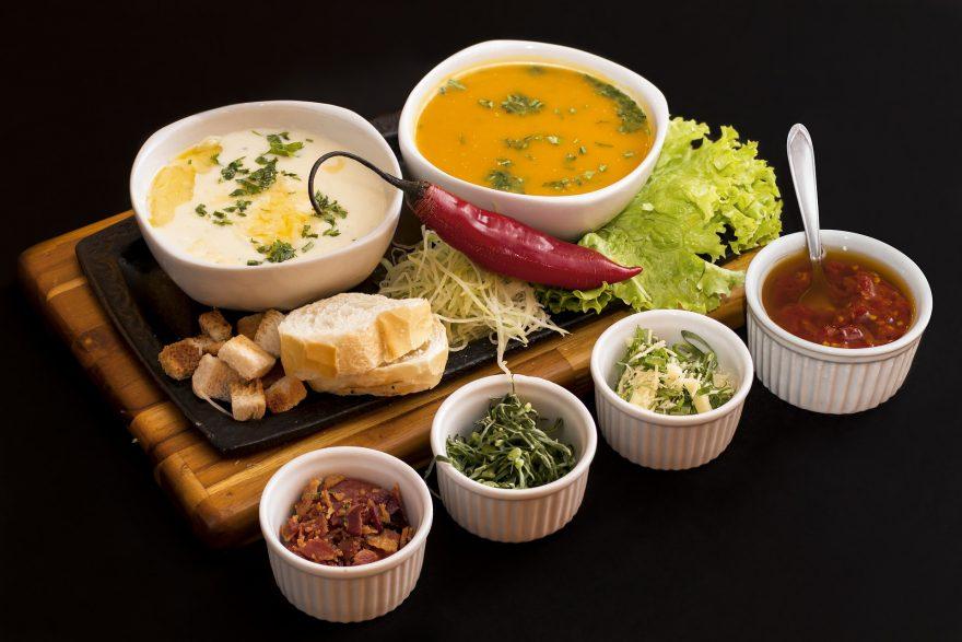 Supe și ciorbe celebre. Rețete si povești